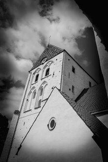 Sweden, Ronneby, view to Heilig-Kreuz-Kirche from below - VI000210