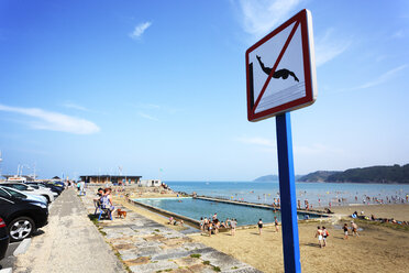 France, Bretagne, People on beach of Binic - BI000206