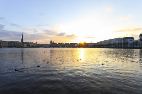 Germany, Hamburg, city centre and Inner Alster at sunset - KRP000065