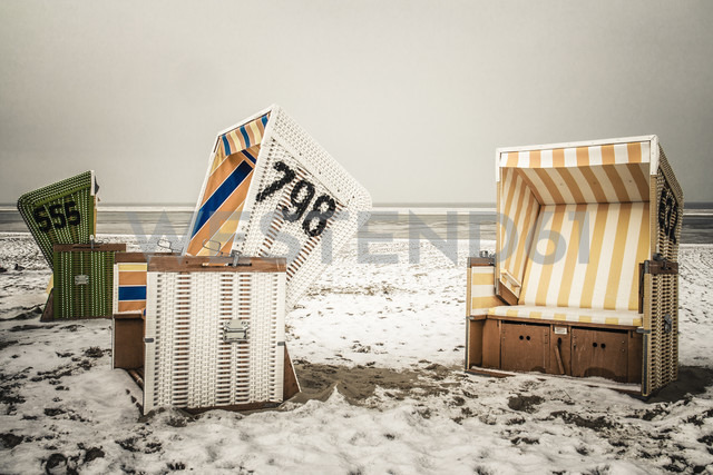 Germany, Lower Saxony, beach chairs at the beach of Langeoog - EVG000287