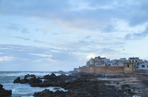 Morocco, Essaouira, view to fortress at dusk - HSIF000318