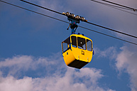 Germany, North Rhine-Westphalia, Cologne, yellow cabin of cable car - WG000208
