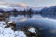 Germany, Bavaria, Winter on the Lake Lake Kochel near Garmisch-Patenkirchen - MBOF000024