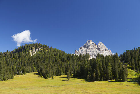Italy, Veneto, Tre Cime di Lavaredo - WWF003111