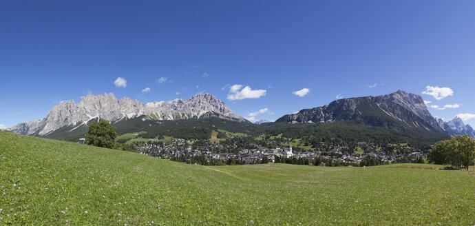 Italy, Veneto, Pomagagnon Group and Cortina d'Ampezzo - WW003020