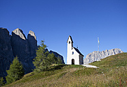 Italy, South Tyrol, Gardena Pass, Chapel at pass top - WWF003078