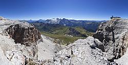 Italy, Trentino, Belluno, Mountainscape at Pordoi Pass - WWF003050