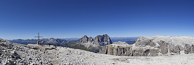 Italy, Trentino, Belluno, Mountainscape at Sass Pordoi - WWF003152