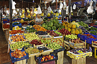 Turkey, Fethiye, Market stall with fruit - SIE004928