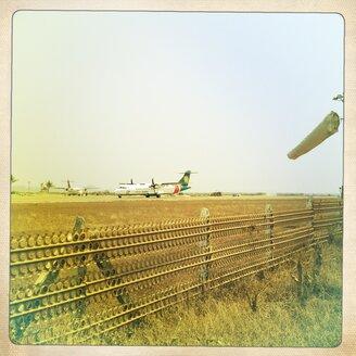 Myanmar, airport - BM000779