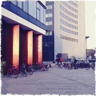 Leipzig University, cafeteria, bicycles, students - BM000795