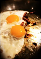 Fried yin and yang, Germany - HOHF000297