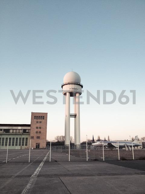 Radar tower, airport Tempelhof, Berlin, Germany - FB000148