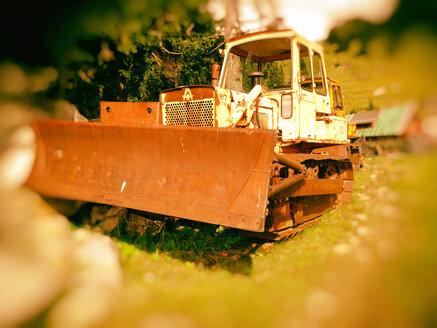 Rusting snow plow, Taubenstein, Spitzingsee - SRS000432