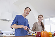 Young couple preparing food - RBF001585
