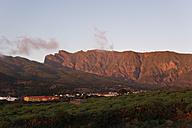 Spain, Canary Islands, La Palma, El Paso and Cumbre Vieja in the evening - SIEF004937