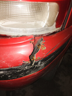 Broken and not-so-well-fixed car in Palermo, Sicily, Italy - MEAF000094