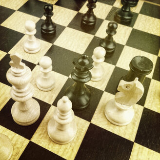Chess, Checkers offers the king in check, Hamburg, Germany - SEF000414