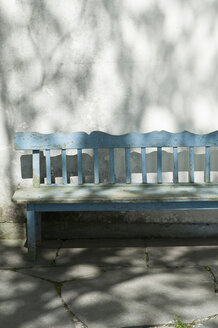 Germany, Bavaria, Toelzer Land, Empty bench - CRF002562