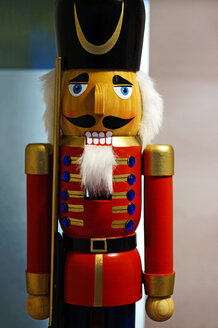 Germany, Close up of Nutcracker figurine from the Ore Mountains - HOHF000337