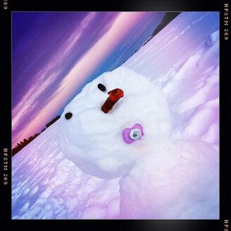 Snowman on the Schauinsland in the Black Forest near Freiburg im Breisgau, Baden-Wuerttemberg, Germany - DHL000302