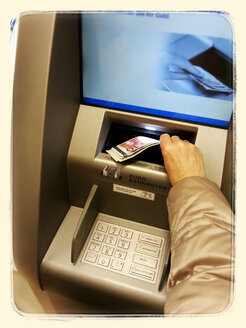 ATM, Withdraw money, Payment, euro notes, Germany - CS020665