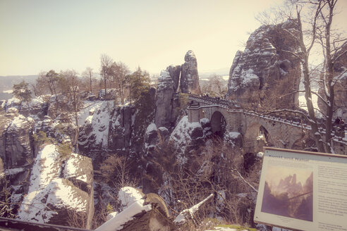 Germany, Saxony, Saxon Switzerland, Bastei in winter - MJ000732