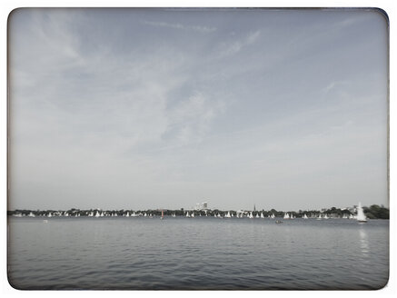 Germany, Hamburg, view of the outer Alster - KRPF000147