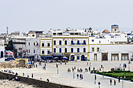 Morocco, Marrakesh-Tensift-El Haouz, Essaouira, view to square - THAF000008