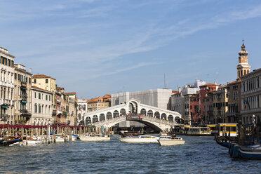 Italy, Venice, Canale Grande, Rialto Bridge - FOF005797