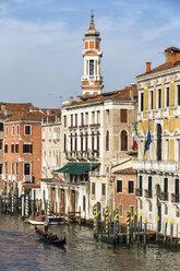 Italy, Venice, Gondola on Canale Grande - FO005802
