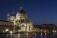 Italy, Venice, Church Santa Maria della Salute at night - FOF005683
