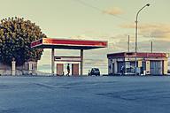 Italy, Sicily, Palermo, Abandoned petrol station - MF000808