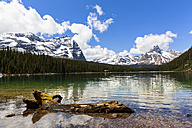 Canada, British Columbia, Yoho Nationalpark, Lake O'Hara and mountains - FO005866