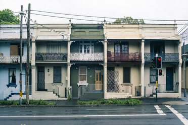 Australia, New South Wales, Sydney, row of old residential houses - FBF000205