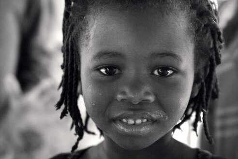 Malawi, Chitimba, portrait of little girl - JBA000002