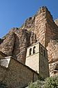Spain, Aragon, Mallos de Riglos, Riglos, church - LA000524