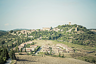 Italy, Tuscany, Val d'Orcia, Rolling landscape - MJF000756