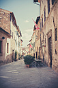 Italy, Tuscany, San Quirico d'Orcia - MJF000843