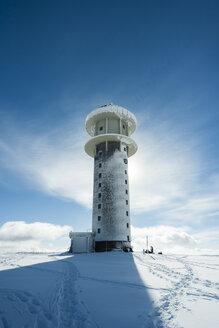 Germany, Baden-Wuerttemberg, Black Forest, Feldberg, Feldberg Tower in winter - PAF000318