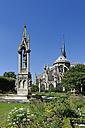France, Ile-de-France, Paris, Notre Dame de Paris with Square Jean XXIII and fountain Fontaine de la Vierge - LB000527