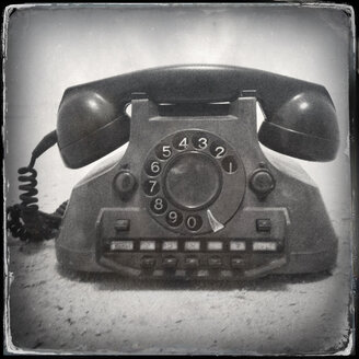 Old retro telephone with old fashioned wet plate filter effect - JAWF000004