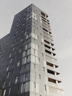 Residential tower at the Elbe River, Grosse Elbstrasse, Altona, Hamburg, Germany - SEF000504