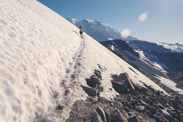 USA, Washington State, Person hiking at Mt Rainier National Park - MF000859
