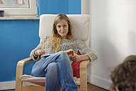 Portrait of young woman relaxing - LAF000514