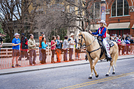 USA, Texas, San Antonio, Grand opening parade of the 2014 Rodeo, Miss Rodeo 2013 - ABA001241