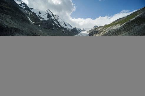 Austria, Grossglockner, Mount Johannisberg, Pasterze Glacier, girl taking a photo - PA000385