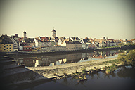 Germany, Bavaria, Regensburg, View of old town at Danube River - HOHF000468