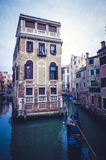 Italy, Venice, Building inside canal - EJW000288