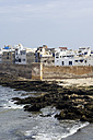 Morocco, Essaouira, Kasbah, cityscape with ocean - THAF000096